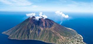 Stromboli-e-vulcani-delle-Eolie:...-Focus